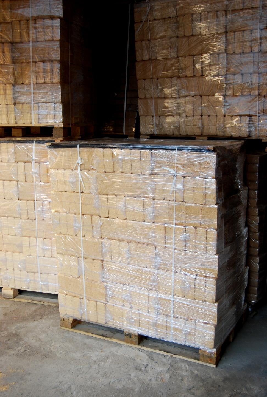 wood briquettes 2